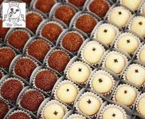 compras coletivas oferta com desconto em docinhos tradicionais tamanho normal medio da biju doces festa aniversario evento brigadeiro beijinho barato fortaleza